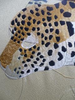 日本刺繍 ヒョウ